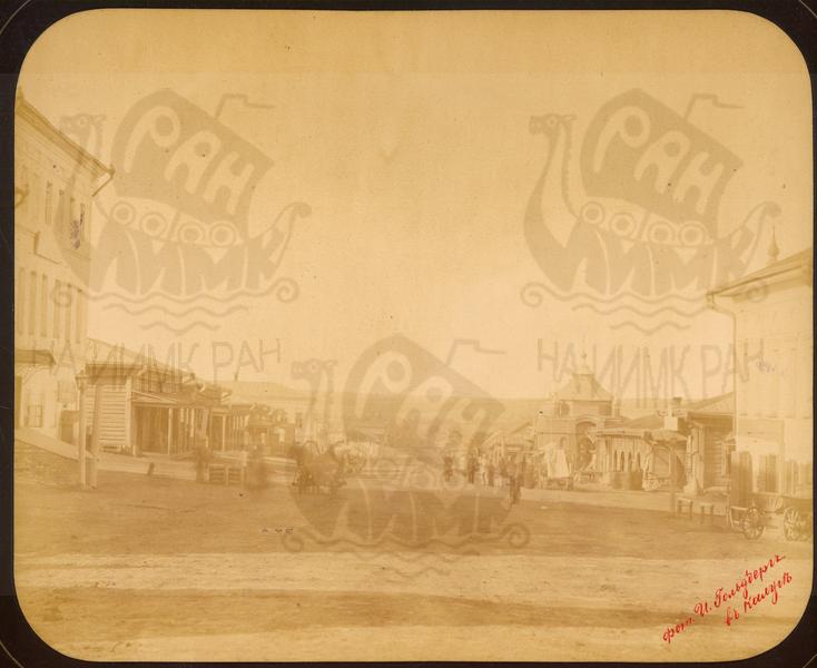 Q.164 - 13   г.Козельск. Калужская губерния. Вид базарной площади с часовней в честь Александра II. Снимок Гольдберга, май 1887  года.