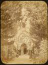 Q.164 - 6 Оптина Введенская Макарьева пустынь близ г. Козельска. Иоанно-Предтечевский скит – вид входных врат. Снимок Гольдберга, май 1887  года.